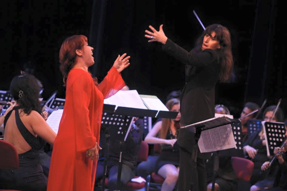 with Johana Simon and the Symphonic Orchestra of the Gran Theater of Habana (Cuba)